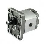 Gear oil pump with threaded input 12cc