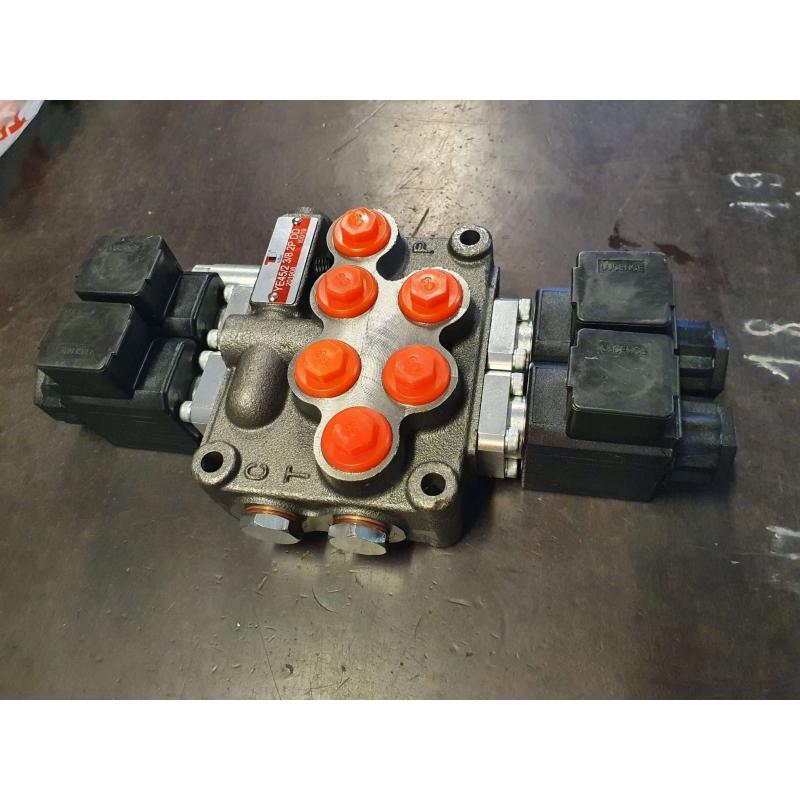 "Elektriline jagaja 3/8"" 12VDC 45l/min 2 sektsiooni"
